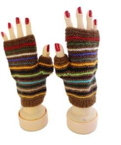 Handgemachte Halb-Handschuhe aus Alpaka, braun gestreift, Peru