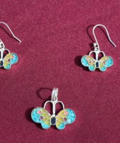 Set Silber-Ohrringe mit Anhänger Schmetterling