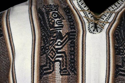 Großer Poncho aus Alpaka weiß