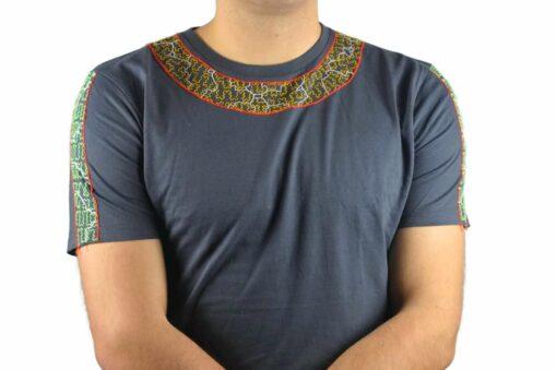 Shipibo Shirt Kaposi L Modell 2