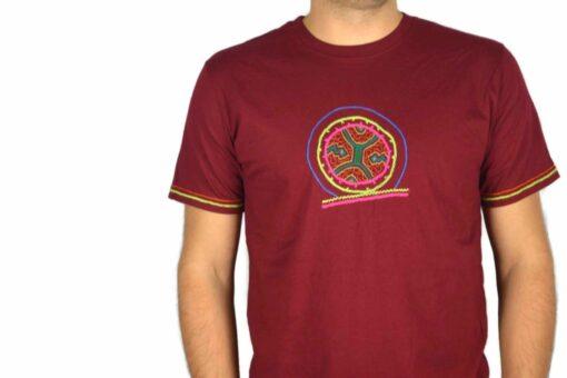 Shipibo Shirt Muehis XL Modell 1