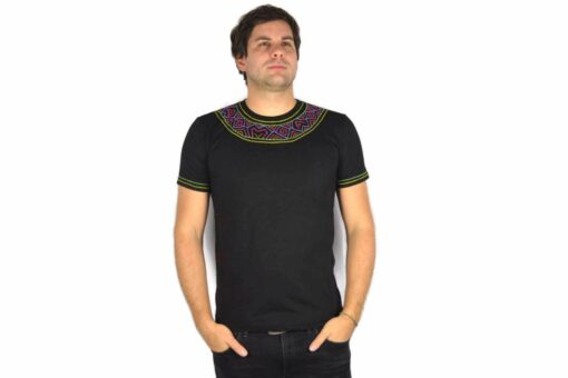 Shipibo Shirt Huebequi L Modell 1