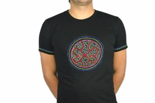 Shipibo Shirt Acceriqui M Modell 4