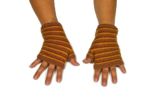 Alpaka Handschuhe Rayas Braun Modell 2