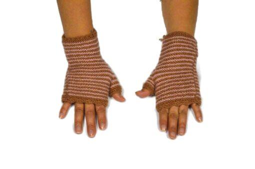 Alpaka Handschuhe Rayas Braun Modell 1
