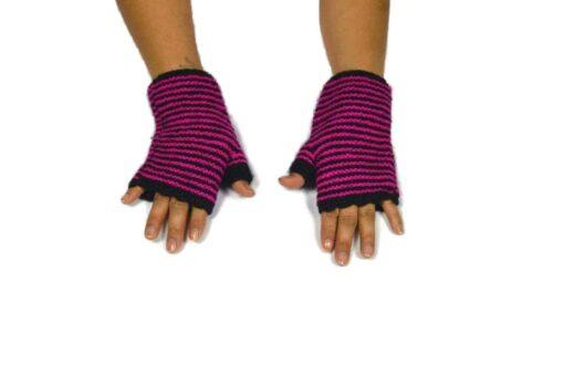 Alpaka Handschuhe Rayas Rosa Modell 2