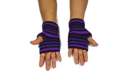 Alpaka Handschuhe Rayas Violett Modell 3