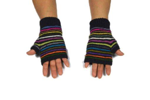 Alpaka Handschuhe Regenbogen Modell 3