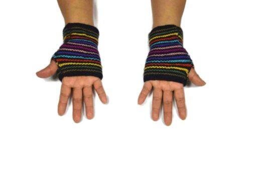 Alpaka Handschuhe Regenbogen Modell 9