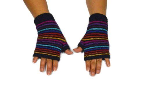 Alpaka Handschuhe Regenbogen Modell 1
