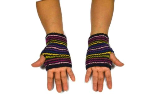 Alpaka Handschuhe Regenbogen Modell 6